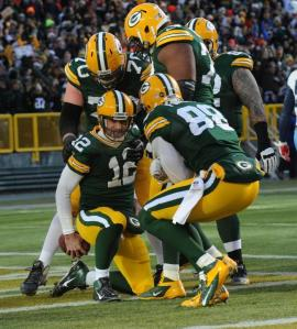 Aaron Rodgers et les Packers finissent fort