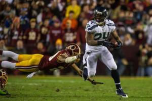 Marshawn Lynch échappe à la défense des Redskins