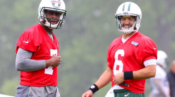 Geno Smith ou Mark Sanchez ?