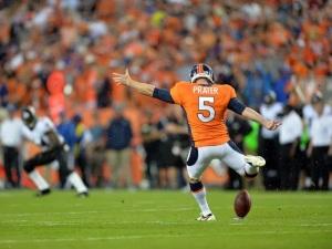 65 yards. Nouveau record NFL pour Matt Prater.