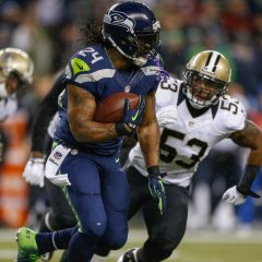"Lynch en ""beast mode"", 140 yards, 2 TD"