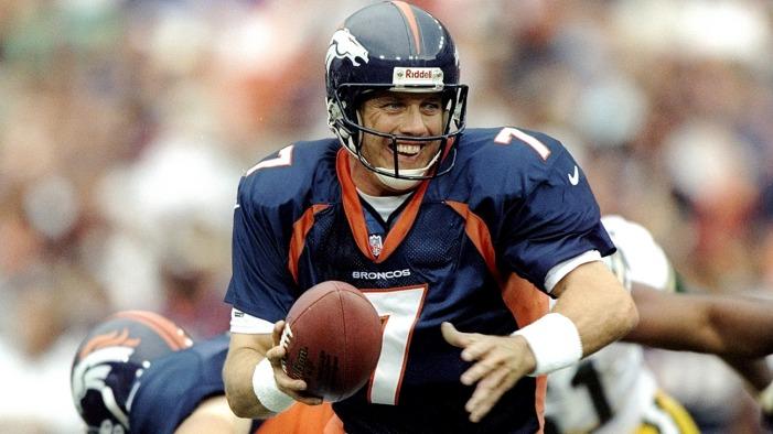 John Elway. Un record de 5 participations au Super Bowl, avec un doublé pour terminer.