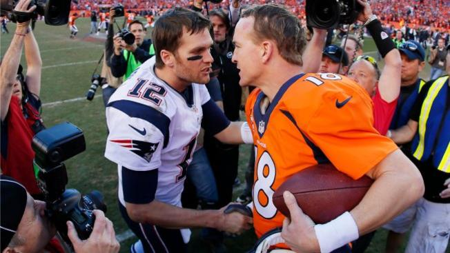 Brady - Manning acte 16, remporté par le QB des Patriots (Getty Images)