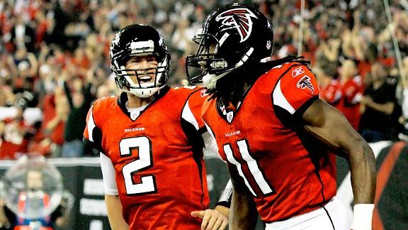 Matt Ryan et Julio Jones, un duo un peu isolé au sein de l'attaque des Falcons (tsmplug)