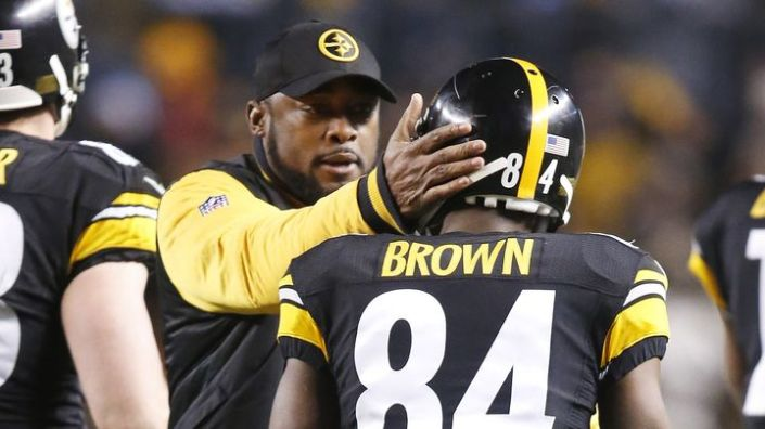 Mike Tomlin, Antonio Brown et les Steelers remportent l'AFC North (USA Today)