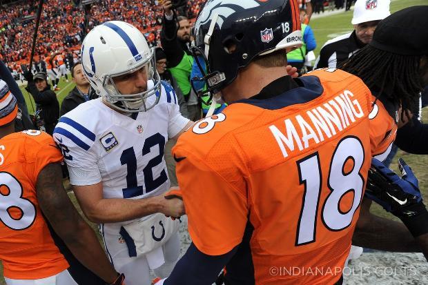 Une photo aux allures de passation de pouvoir entre Manning et Luck