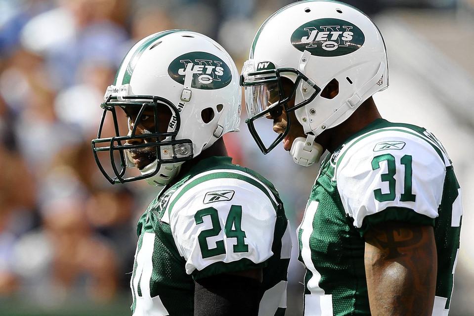 Revis (24) et Cromartie (31) vont se retrouver sous le maillot des Jets (wsj.com)