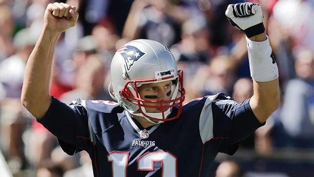 Tom Brady rejoint le club très fermé des QB avec 400 passes de touchdown (AP)