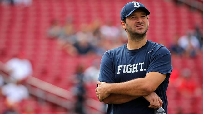 Tony Romo sera de retour sur les terrains dimanche (Mike Ehrmann - Getty)