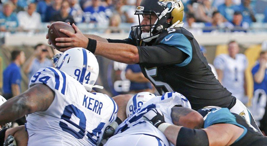 """""""50 burgers"""" pour les Jaguars de Blake Bortles (AP Photo : Stephen B. Morton)"""