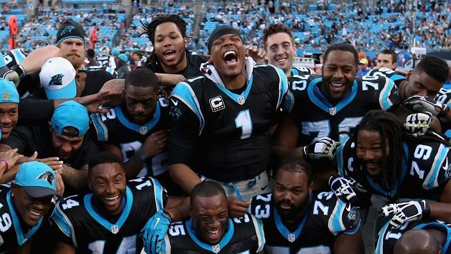 Les Panthers font des selfies en plein match... (AP-Fox)