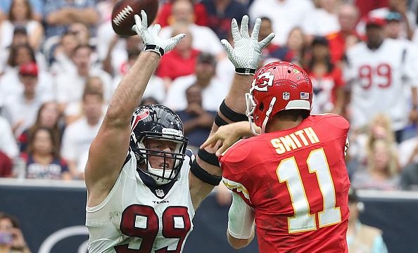 J.J Watt tentera de stopper la série des Chiefs (Scott Halleran - Getty)