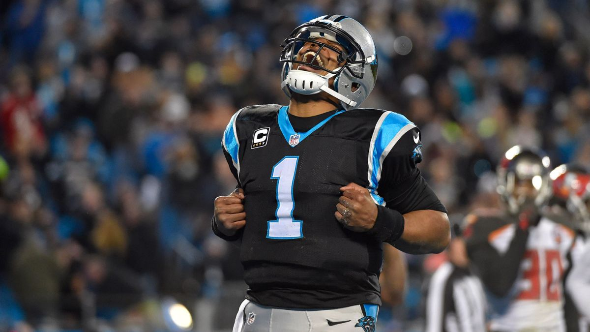 Cam Newton, votre futur MVP... (Bob Donnan - USA Today Sports)