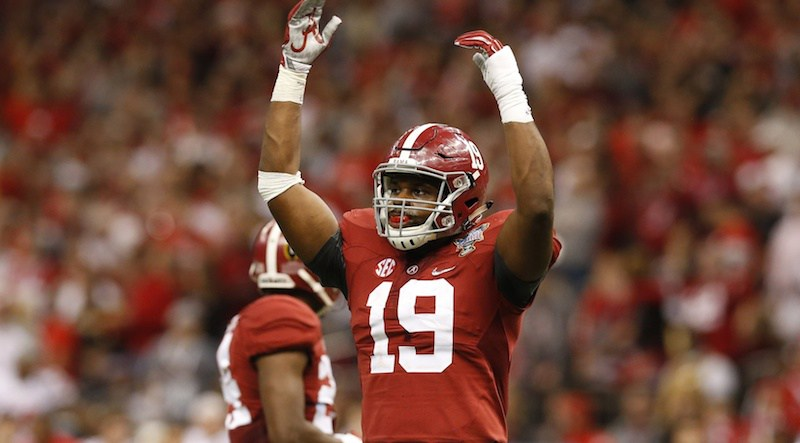 Reggie Ragland (USA Today)