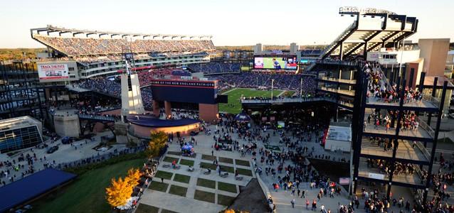 La Patriots Place et l'entrée principale du Gillette Stadium (Patriots.com)