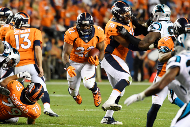 2 touchdowns, 1 dans les airs et 1 au sol, pour C.J Anderson (The Denver Post)