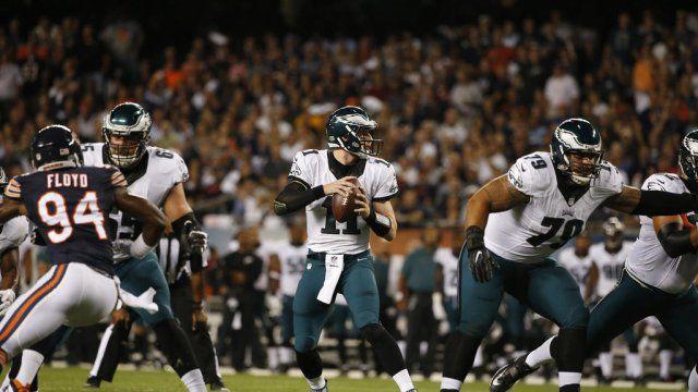 Carson Wentz a été solide sur ses deux premiers matchs en NFL (AP)