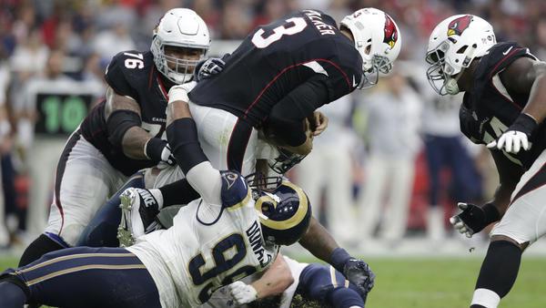 Aaron Donald et les Rams restent sur 3 succès consécutifs (Los Angeles Times)