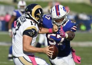 Lorenzo Alexander, leader de NFL avec 7 sacks (USA Today)